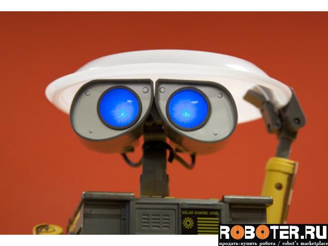 Робот WALL-E на д/у 23 см