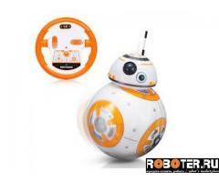 Робот-шар из Звёздных войн на пульте управления
